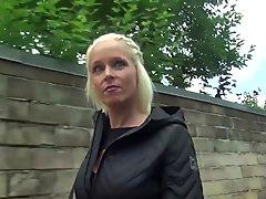 GERMAN SCOUT - EXTREM HOT BERLIN MILF SOPHIE SEDUCE FUCK
